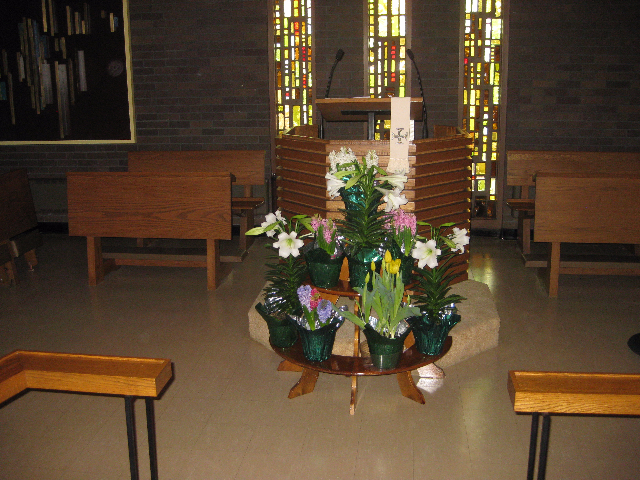 images/stories/HeaderImages/Frame1/Pulpit - Easter.JPG
